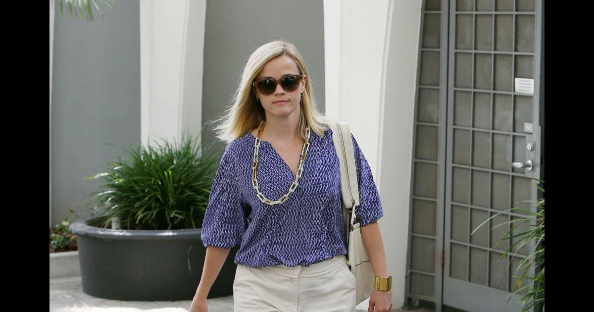 reese witherspoon le short d 39 ete chic et feminin a shopper. Black Bedroom Furniture Sets. Home Design Ideas