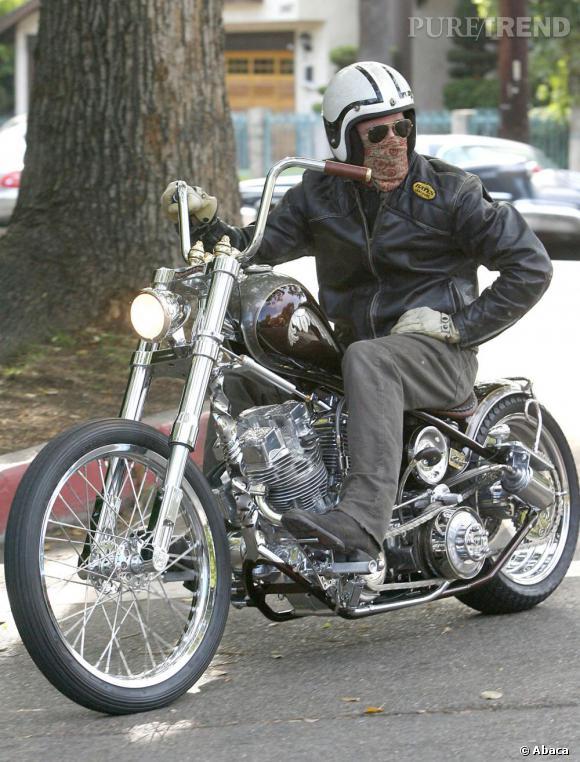 """Le top moto   : comme ça on aimerait bien qu'il nous emmène faire un tour et nous laisse fredonner """"je n'ai besoin de personne...""""."""