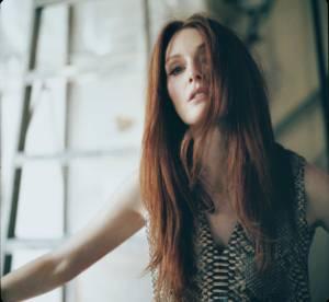 Julianne Moore, egerie hautement sensuelle pour Reed Krakoff Automne-Hiver 2013/2014
