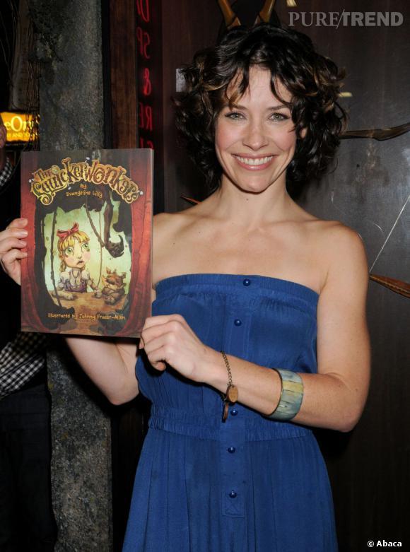 """Evangeline Lilly présente son premier livre pour enfants """"The Squickerwonkers"""" au Comic-Con 2013 à San Diego."""