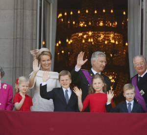 Le roi Albert II de Belgique ose le ''gros kiss'' a son abdication !