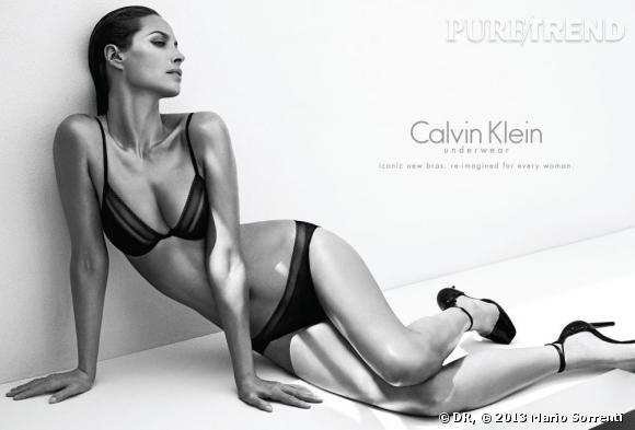 Christy Turlington Burns pose pour la campagne de l'Automne 2013 Calvin Klein Underwear.