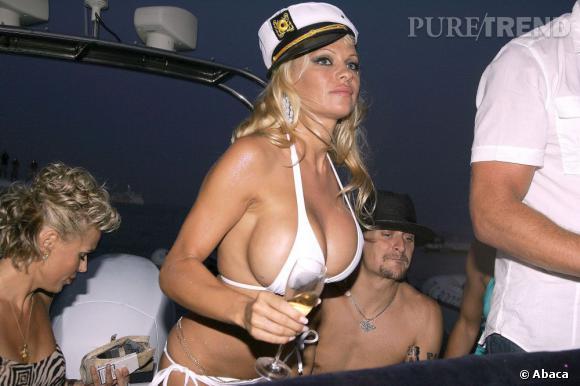 Pamela Anderson lors de son mariage : elle est très distinguée !