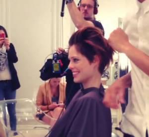 Coco Rocha a été filmée pendant toute sa séance chez le coiffeur.