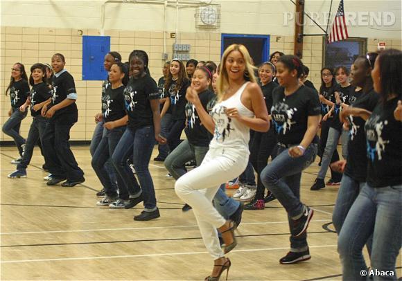 """Beyoncé participe à la campagne """"Let's Move"""" de Michelle Obama."""