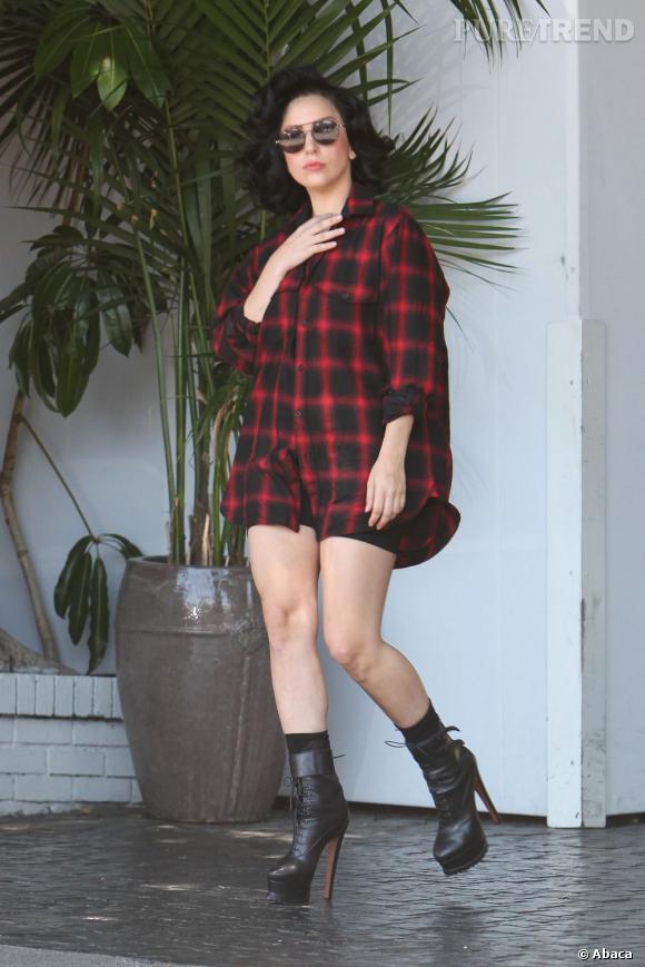 Lady Gaga continue pourtant sa promotion et ses rencontres avec ses fans.