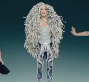 """Cher et son nouveau clip, """"Woman's World""""."""