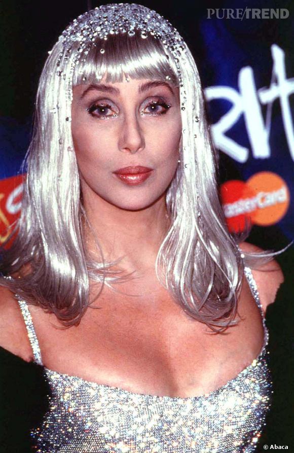 Le goût de Cher pour les perruques de date pas d'hier.