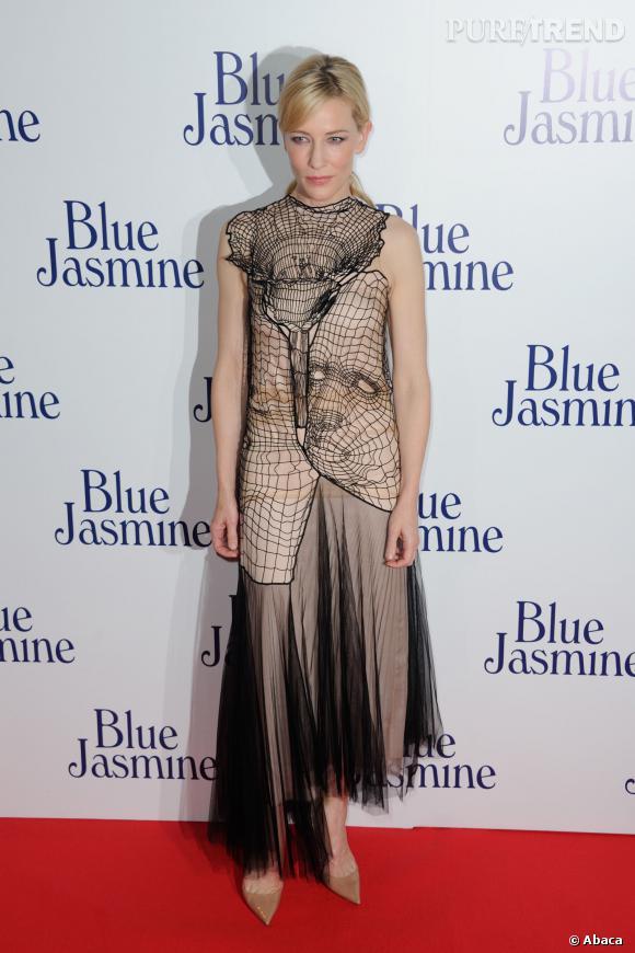 """Cate Blanchett lors de la première de """"Blue Jasmine"""" à Paris."""