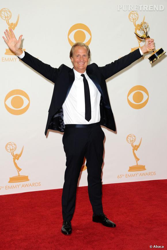 Jeff Daniels gagne le prix du meilleur acteur dans une série dramatique aux Emmy Awards 2013.
