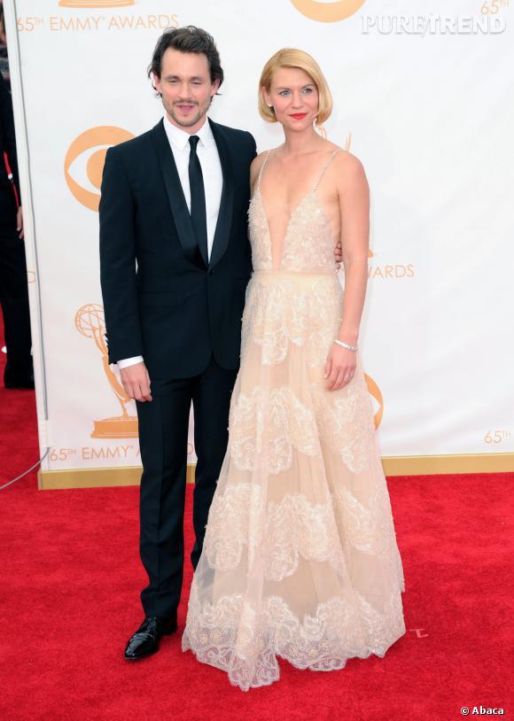 Accompagnée de son cher et tendre, Claire Danes était très jolie avec son faux carré lors des Emmy Awards.