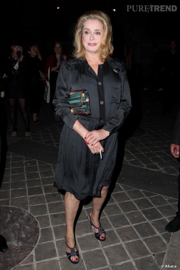 Catherine Deneuve au défilé Printemps-Été 2014 Lanvin.