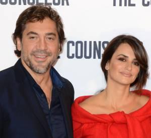 """Penelope Cruz au photocall de """"The Counselor"""" à Londres arrive au côté de son mari, Javier Bardem."""