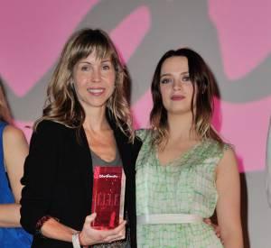 """Sara Forestier et l'équipe du film """"Suzanne"""" ont reçu le prix """"Elle Cinéma"""" lundi 7 octobre."""