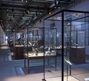 Exposition talon virgule, etc.Dans les pas de Roger VivierAu Palais de Tokyo