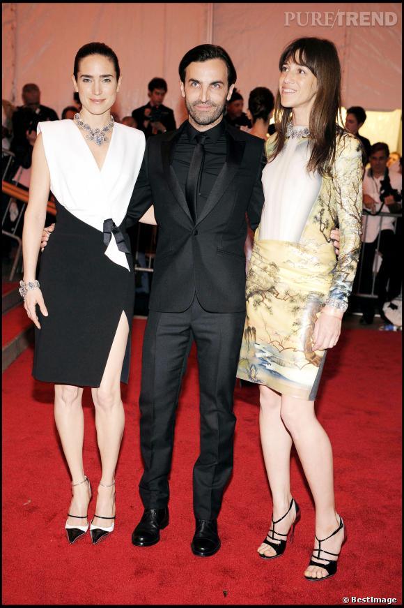 Jennifer Connelly, Nicolas Ghesquière et Charlotte Gainsbourg au gala du MET de 2008.