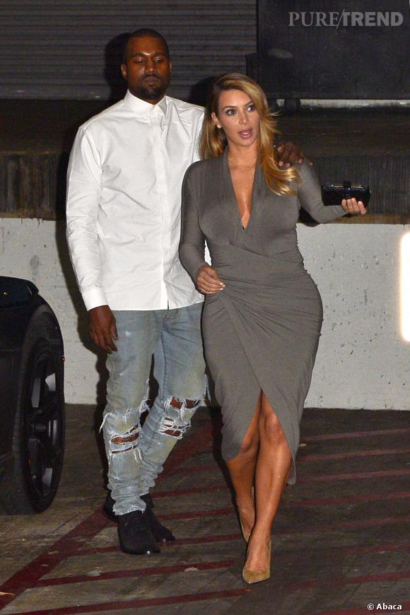 Kanye a une drôle de manière de regarder sa compagne Kim. Il fait désormais du sport avec elle pour l'encourager à maigrir.