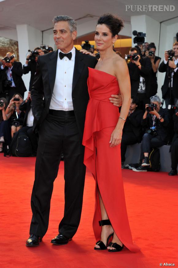 """Sandra Bullock et George Clooney se partagent l'affiche de """"Gravity"""", une belle histoire d'amitié entre ces deux célibataires..."""