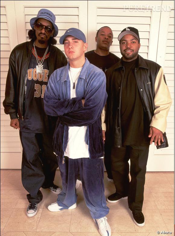 Eminem, un rappeur qui s'est imposé face aux plus grands. (Ici Snoop Dog, Dr Dree et Ice Cube).