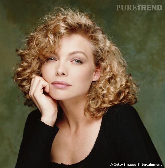 """Le top """"permanente"""" :  jolies boucles, belle couleur et volume bien dompté, Michelle Pfeiffer a tout bon."""