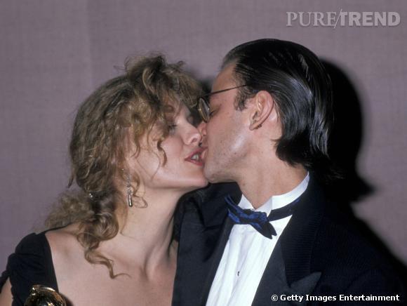 """Le flop """"amoureux vintage"""" :  Michelle Pfeiffer et son bisou baveux."""