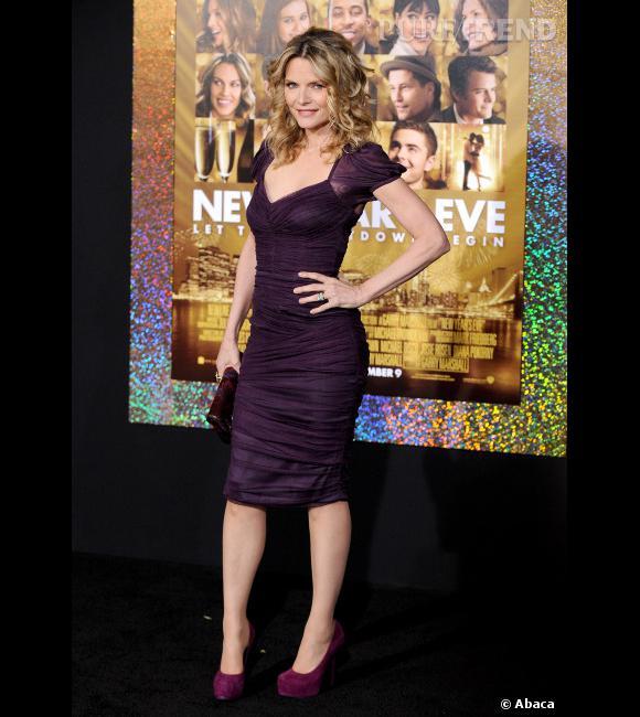 """Le top """"longueur au genou"""" :  Michelle Pfeiffer est tout simplement canon."""
