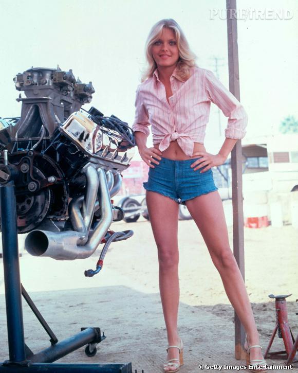 """Le top """"short en jean"""" :  un look canon pour Michelle Pfeiffer dans les 80's."""
