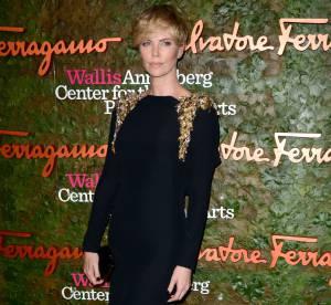 Charlize Theron, Demi Moore... Glamour et elegance pour Salvatore Ferragamo
