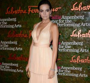 "Camilla Belle à la soirée ""The Performing Arts Inaugural""."