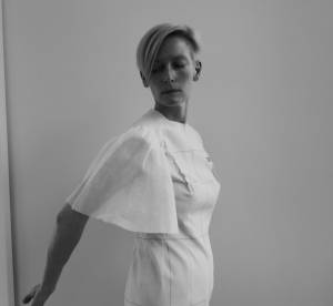 Tilda Swinton, au service de l'art avec Eternity Dress
