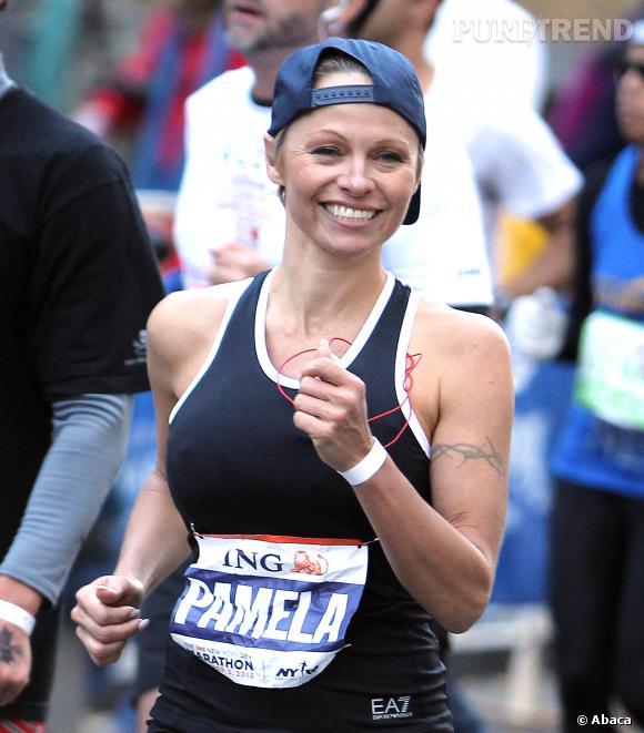 Pamela Anderson pendant le marathon de New-York.