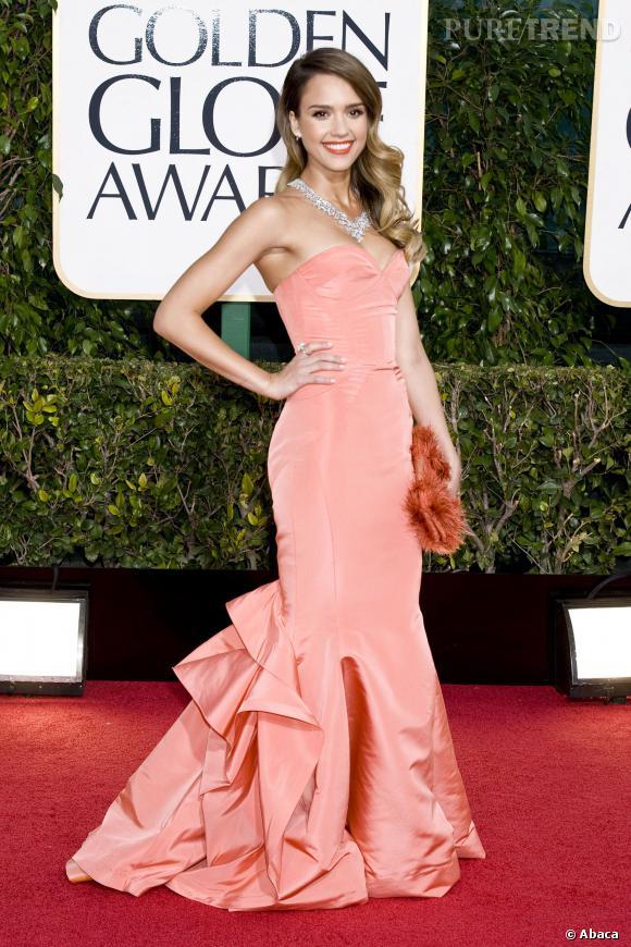 Jessica Alba et sa robe spectaculaire.