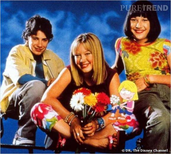 """Hilary Duff a fait ses débuts à 14 ans dans la série """"Lizzie McGuire""""."""