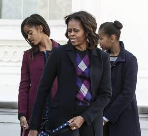 Michelle Obama et ses filles accueillent un invité de marque : le sapin de Noël