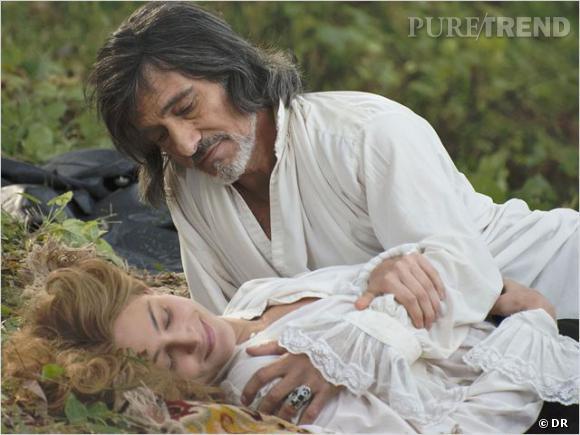 Nora Arnezeder et Gérard Lanvin font revivre la romance d'Angélique et du comte de Peyrac.