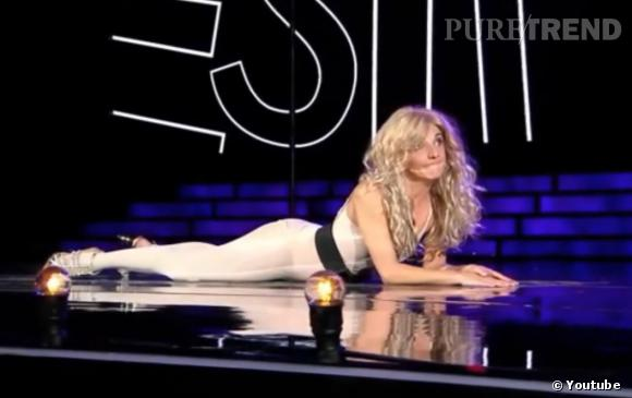 Florence Foresti alias Shakira sur scène.