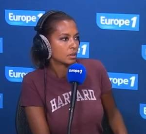 Sur l'antenne d'Europe 1, Karine Le Marchand confie vivre l'enfer à cause des paparazzis.