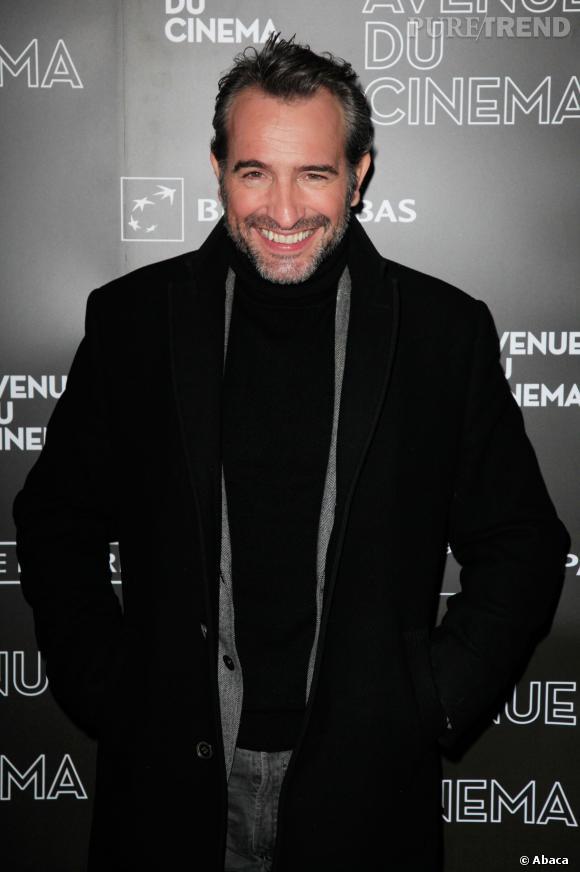 Jean Dujardin a le sourire, bientôt, il se remettra à la comédie.