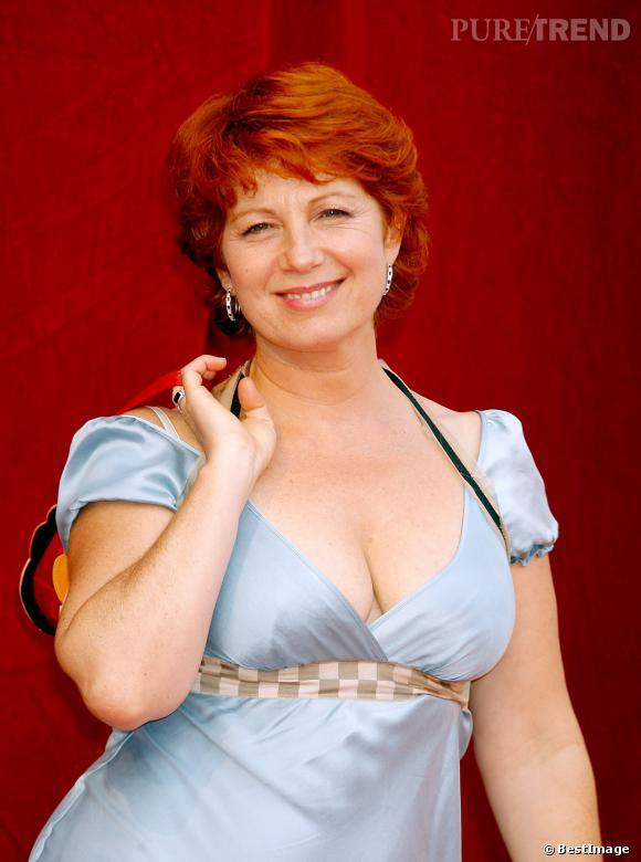 Celle qui a incarné Julie Lescaut, plus sexy que jamais.