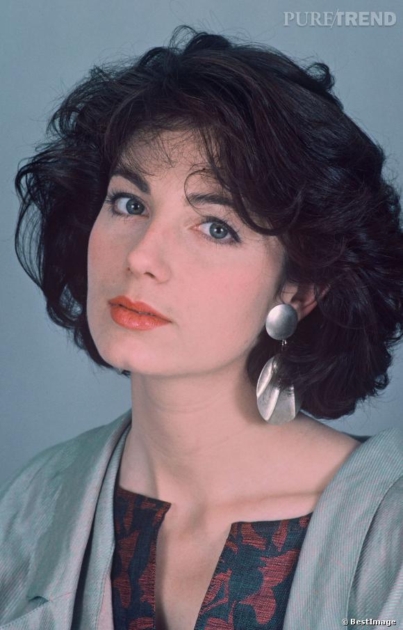 Véronique Genest, brune en 1985.