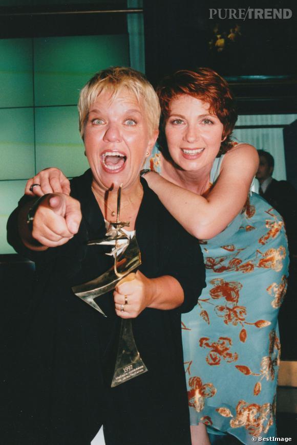 Deux figures emblématiques du petit écran, Mimie Mathie et Véronique Genest pour les 7 d'or de 1998.
