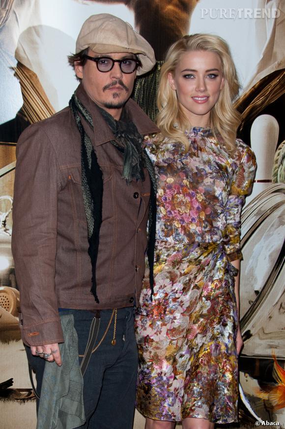 """Johnny Depp, """"plus heureux que jamais"""" avec Amber Heard."""