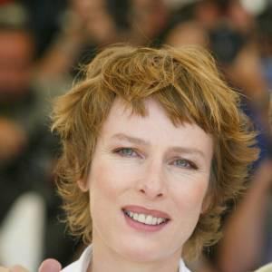 Karin Viard, jolie garçonne à Cannes en 2003.