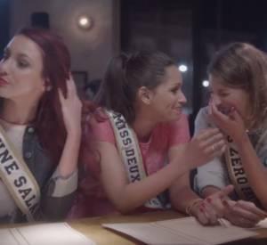 """Publicité """"Comme les Françaises sont jolies"""" avec les Miss France Laury Thilleman, Delphine Wespiser et Cindy Fabre."""