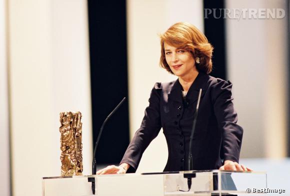 Charlotte Rampling remporte un César d'honneur pour l'ensemble de sa carrière en 2001.