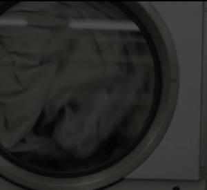 """Julie Gayet dans le clip """"Waiting for you"""" de Minor Alps."""