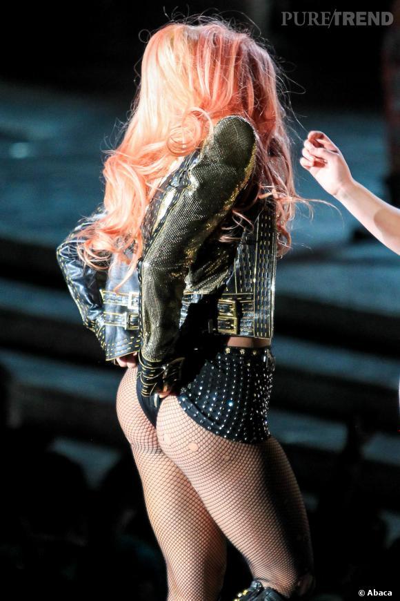 Lady Gaga n'aime pas tellement se couvrir.