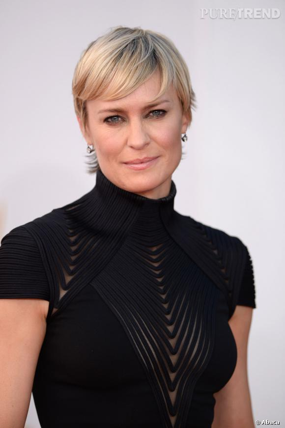 A 47 ans, Robin Wright l'assume : elle a recours au botox.