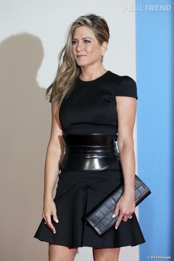 Jennifer Aniston a 45 ans... Retour sur le parcours de la bombe en 45 photos.