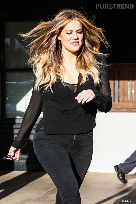 Khloe Kardashian rivalise avec Kim côté fessier !